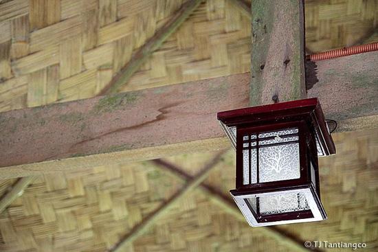 Sundang Island, lamp